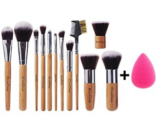 Recensioni dei clienti per EmaxDesign 12 + 1 pezzo di spazzola di trucco, 12 pc professionale Bamboo Handle Fondazione Blending Blush Viso Occhio Liquid Powder Cream cosmetici Spazzole & 1 EmaxBeauty Blender Spugne di trucco | tripparia.it