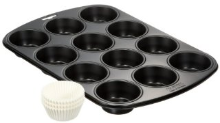 Kaiser 87-0064-6022 Set Muffin Comprensivo di Stampo, 12 Muffin Antiaderente, 60 Pirottini in Carta, Nero/Bianco